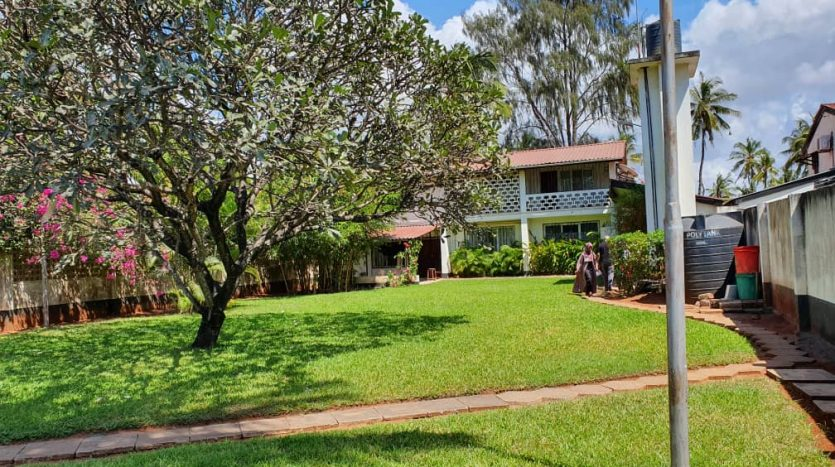 House For Sale at Mikocheni Dar Es Salaam8