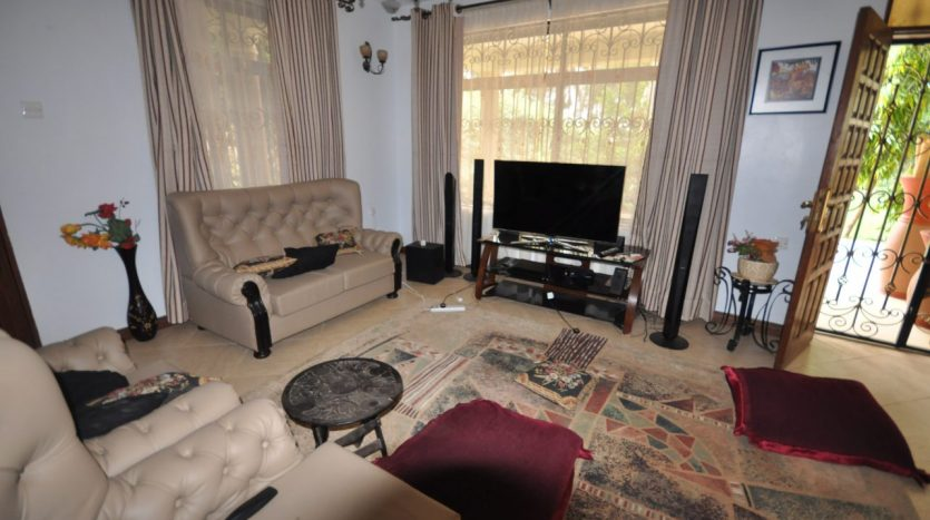 House for Sale In Ngaramtoni2