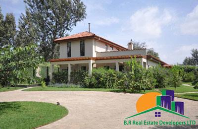 Villa For Sale at Msasani Dar Es salaam