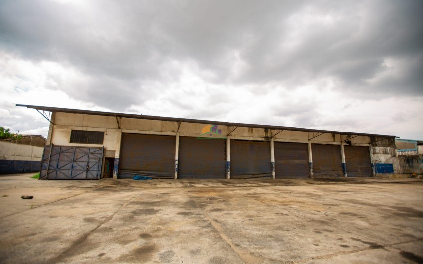 Yard and Office for Sale in Dar es salaam, Tanzania32